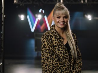 Margaret competing in Melodifestivalen 2019